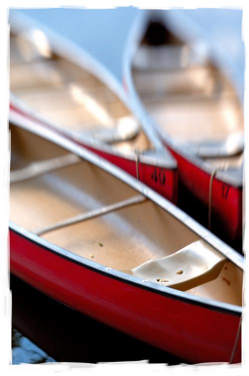 Clinton Canoe Company, Clinton, NJ (US), 7/8/2006 5:47:53 PM..NIKON D2X, lensbabie 2.0, 1/125 sec - f/5.6, ISO 100