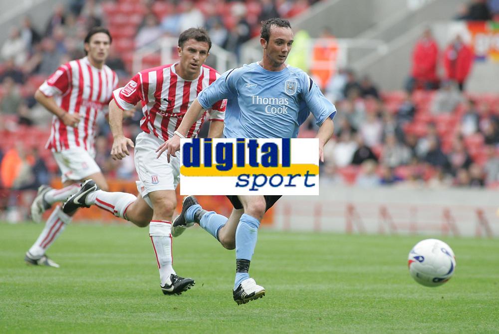 Photo: Paul Thomas.<br /> Stoke City v Manchester City. Pre Season Friendly.<br /> 30/07/2005.<br /> <br /> Stephen Ireland.