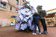 20171214 ALBERO DI NATALE E LETTERINE