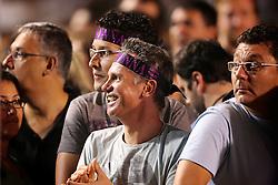 Público espera pelo início do show da Madonna, em Porto Alegre. FOTO: Jefferson Bernardes/Preview.com