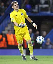 Iker Casillas of FC Porto - Mandatory byline: Paul Terry/JMP - 09/12/2015 - Football - Stamford Bridge - London, England - Chelsea v FC Porto - Champions League - Group G