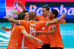 11-08-2019 NED: FIVB Tokyo Volleyball Qualification 2019 / Netherlands - USA, Rotterdam<br /> Final match pool B in hall Ahoy between Netherlands vs. United States (1-3) and Olympic ticket  for USA / Maarten van Garderen #3 of Netherlands, Fabian Plak #8 of Netherlands