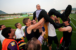 Darko Milanic, head coach and Players of Maribor celebrate after winning the football match between NK Primorje and NK Maribor of 1st Slovenian football league PrvaLiga, on May 21, 2011 in Ajdovscina, Slovenia. Maribor defeated Primorje 2-1 and became Slovenian national Champion 2010/2011. (Photo By Vid Ponikvar / Sportida.com)