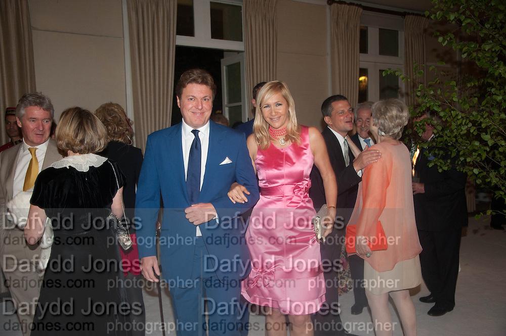 ROD BARKER; TANIA BRYER, The Cartier Chelsea Flower show dinner. Hurlingham club, London. 20 May 2013.