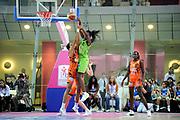 DESCRIZIONE : Ligue Feminine de Basket Ligue 1 Journee a Paris<br /> GIOCATORE : KAMBA Laëtitia<br /> SQUADRA : Saint-Amand-les-Eaux<br /> EVENTO : Ligue Feminine 2010-2011<br /> GARA : Bourges Saint-Amand-les-Eaux<br /> DATA : 16/10/2010<br /> CATEGORIA : Basketbal France Ligue Feminine<br /> SPORT : Basketball<br /> AUTORE : JF Molliere par Agenzia Ciamillo-Castoria <br /> Galleria : France Basket 2010-2011 Action<br /> Fotonotizia : Ligue Feminine de Basket Ligue 1 Journee à Paris<br /> Predefinita :