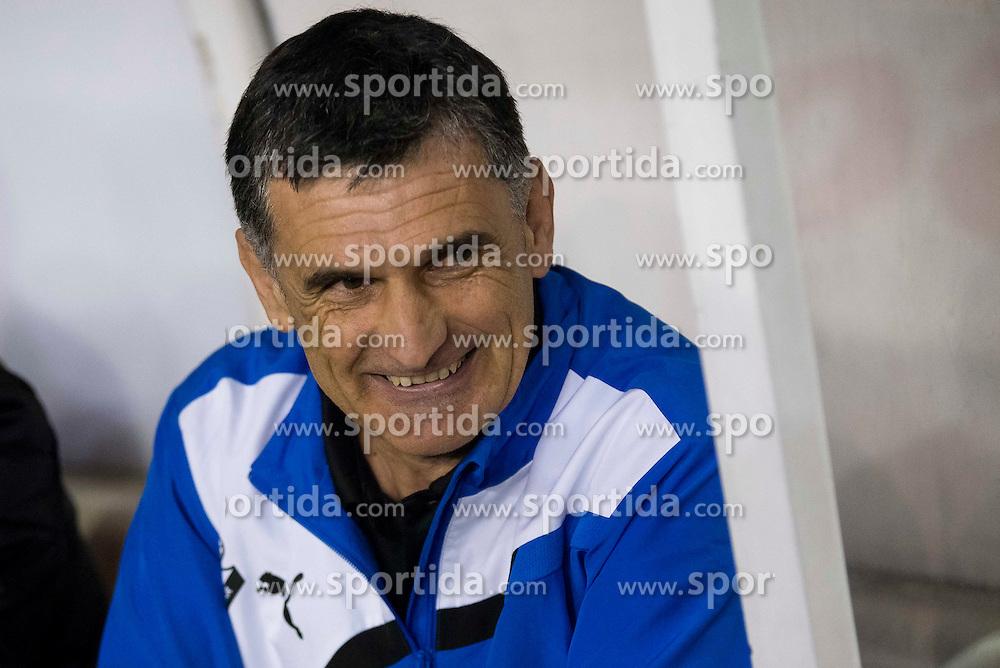 12.03.2016, Estadio de Vallecas, Madrid, ESP, Primera Division, Rayo Vallecano vs SD Eibar, 29. Runde, im Bild Sociedad Deportiva Eibar's coach Jose Luis Mendilibar // during the Spanish Primera Division 29th round match between Rayo Vallecano and SD Eibar at the Estadio de Vallecas in Madrid, Spain on 2016/03/12. EXPA Pictures &copy; 2016, PhotoCredit: EXPA/ Alterphotos/ Borja B.Hojas<br /> <br /> *****ATTENTION - OUT of ESP, SUI*****