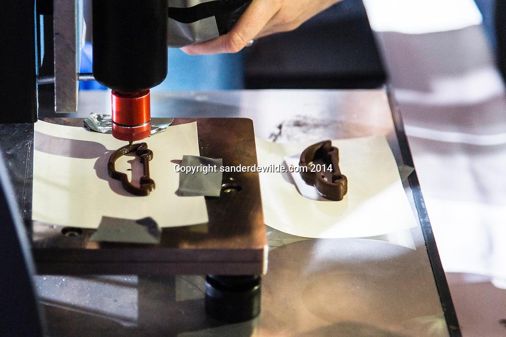 23 september 2014 Java Vakbeurs in Brussels Expo. TNO 3D foodprinter met eindresultaat chocolade wagen