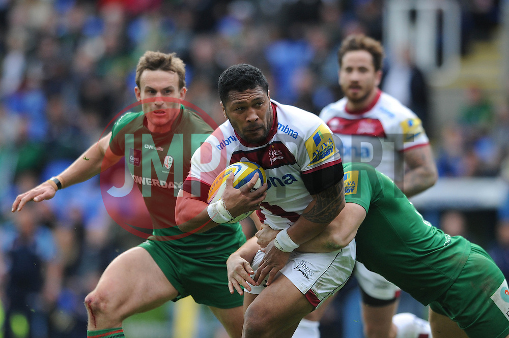 Sale Sharks Outside Centre (#13) Johnny Leota is challenged by London Irish Winger (#11) Alex Lewington - Photo mandatory by-line: Dougie Allward/JMP - Mobile: 07966 386802 - 12/04/2015 - SPORT - Rugby - Reading - Madejski Stadium - London Irish v Sale Sharks - Aviva Premiership