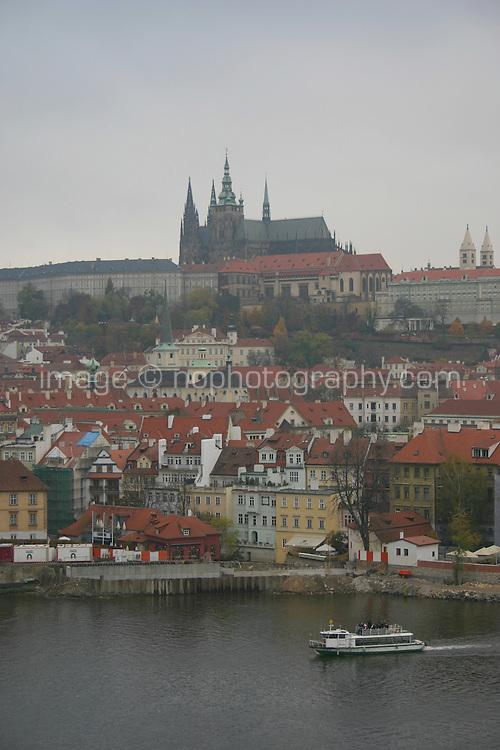 Prague Castle and River Vltava, Prague, Czech Republic<br />