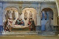 France, Cher (18), Bourges, cathédrale Saint-Etienne de Bourges, site classé Patrimoine mondial de l'UNESCO, la crypte, mise au tombeau // France, Cher (18), Bourges, St Etienne cathedral, UNESCO world heritage, the crypt, entombment