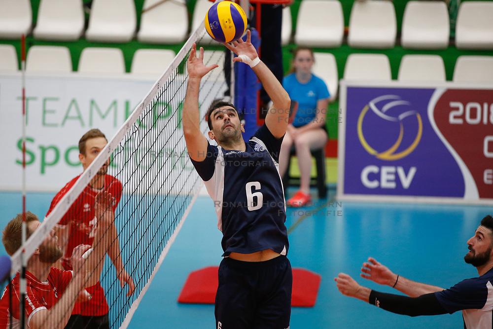 20170524 NED: 2018 FIVB Volleyball World Championship qualification, Koog aan de Zaan<br />Konstantinos Stivachtis (6) of Greece <br />©2017-FotoHoogendoorn.nl / Pim Waslander
