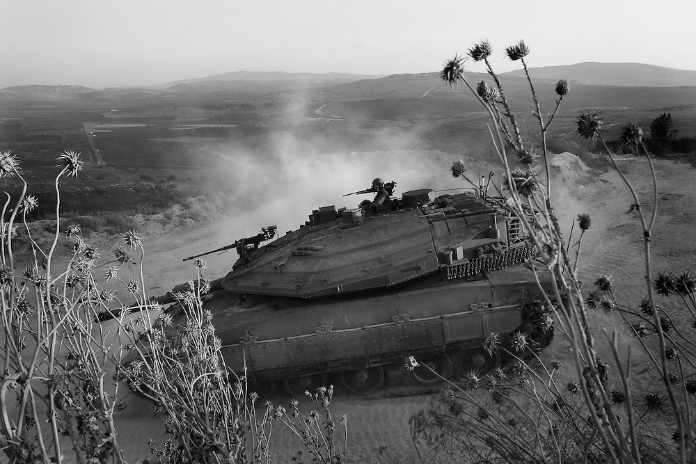 Israeli tanks crossing the border with Lebanon during the Israel Hezbollah war, Aug 2006