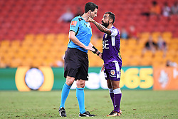 January 18, 2018 - Brisbane, QUEENSLAND, AUSTRALIA - Match referee Kris Griffith-Jones (left) and Diego Castro of the Glory (#17) argue during the round seventeen Hyundai A-League match between the Brisbane Roar and the Perth Glory at Suncorp Stadium on January 18, 2018 in Brisbane, Australia. (Credit Image: © Albert Perez via ZUMA Wire)