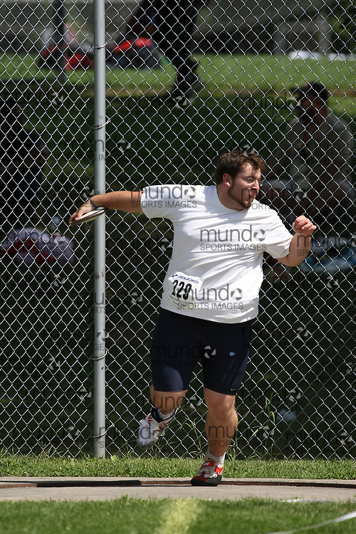 (Ottawa, Ontario---15 August 2008) \OSG329\ competing in the men's discus at the 2008 Ontario Summer Games and Ontario v. Quebec v. Atlantic Canada Espoire Meet. Photo copyright Sean Burges/Mundo Sport Images. More details can be found at www.msievents.com.