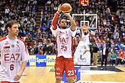 DESCRIZIONE : Milano Lega A 2014-15  EA7 Emporio Armani Milano vs Vagoli Basket Cremona<br /> GIOCATORE : Daniel Hackett<br /> CATEGORIA : PreGame riscaldamento<br /> SQUADRA : EA7 Emporio Armani Milano<br /> EVENTO : Campionato Lega A 2014-2015<br /> GARA : EA7 Emporio Armani Milano vs Vagoli Basket Cremona<br /> DATA : 25/01/2015<br /> SPORT : Pallacanestro <br /> AUTORE : Agenzia Ciamillo-Castoria/I.Mancini<br /> Galleria : Lega Basket A 2014-2015  <br /> Fotonotizia : Cantù Lega A 2014-2015 Pallacanestro : EA7 Emporio Armani Milano vs Vagoli Basket Cremona<br /> Predefinita :