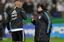 03.03.2010, Allianz Arena Muenchen, Muenchen, GER,  Laenderspiel Deutschland ( GER ) - Argentinien ( ARG ) 0 - 1. Im Bild Juan Sebastian Veron ( ARG #08 ), Diego Armando Maradona ( ARG Headcoach ). EXPA Pictures © 2010, PhotoCredit: EXPA/ nph/  Kurth / for Slovenia SPORTIDA PHOTO AGENCY.