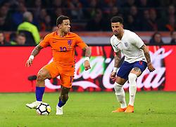 Memphis Depay of Netherlands takes on Kyle Walker of England - Mandatory by-line: Robbie Stephenson/JMP - 23/03/2018 - FOOTBALL - Amsterdam ArenA - Amsterdam,  - Netherlands v England - International Friendly