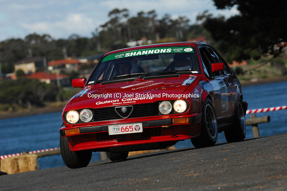 #665 - David Elphick & Ron Shepherd - 1981 Alfa Romeo Alfetta GTV.Prologue.George Town.Targa Tasmania 2010.27th of April 2010.(C) Joel Strickland Photographics.Use information: This image is intended for Editorial use only (e.g. news or commentary, print or electronic). Any commercial or promotional use requires additional clearance.