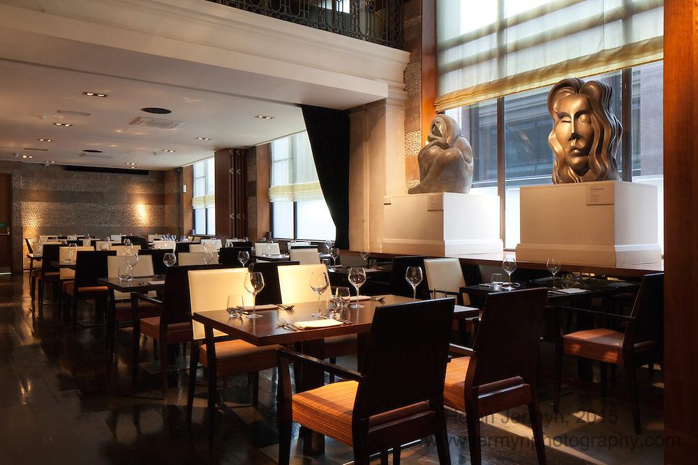 Mintleaf bar & restaurant interior