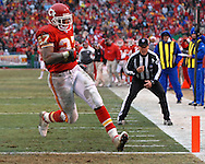 Kansas City Chiefs running back Larry Johnson scores his third touchdown of the game in the second half against Jacksonville at Arrowhead Stadium in Kansas City, Missouri, December 31, 2006.  The Chiefs beat the Jaguars 35-30.<br />
