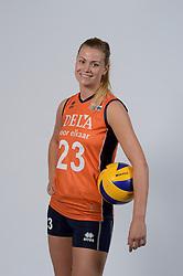 21-05-2014 NED: Selectie Nederlands volleybal team vrouwen, Arnhem<br /> Op Papendal werd het Nederlands team volleybal seizoen 2014-2015 gepresenteerd / Inge Molendijk