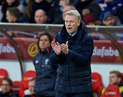 SUNDERLAND, ENGLAND - Monday, January 2, 2017: Sunderland's manager David Moyes during the FA Premier League match against Liverpool at the Stadium of Light. (Pic by David Rawcliffe/Propaganda)