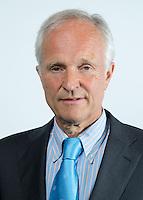ROTTERDAM - KNHB voorzitter Jan Albers. ALV van de KNHB in het Feijenoord Stadion; FOTO KOEN SUYK