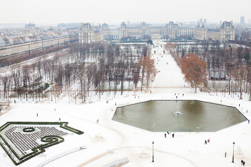 Paris, France. 2 Decembre 2010..Jardin des Tuileries..Paris, France. December 2nd 2010..Jardin des Tuileries