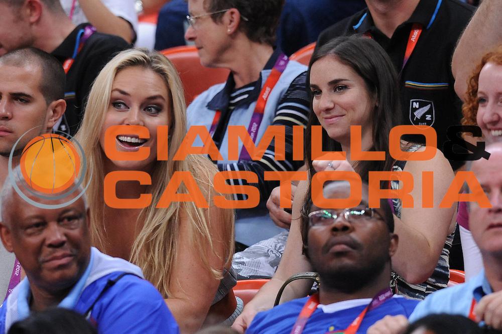 DESCRIZIONE : London Londra Olympic Games Olimpiadi 2012 Men Preliminary Round Lithuania USA Lituania USA<br /> GIOCATORE : TIFO FAN SUPPORTER <br /> CATEGORIA : <br /> SQUADRA : USA<br /> EVENTO : Olympic Games Olimpiadi 2012<br /> GARA : Lithuania USA Lituania USA<br /> DATA : 04/08/2012<br /> SPORT : Pallacanestro <br /> AUTORE : Agenzia Ciamillo-Castoria/M.Marchi<br /> Galleria : London Londra Olympic Games Olimpiadi 2012 <br /> Fotonotizia : London Londra Olympic Games Olimpiadi 2012 Men Preliminary Round Lithuania USA Lituania USA<br /> Predefinita :