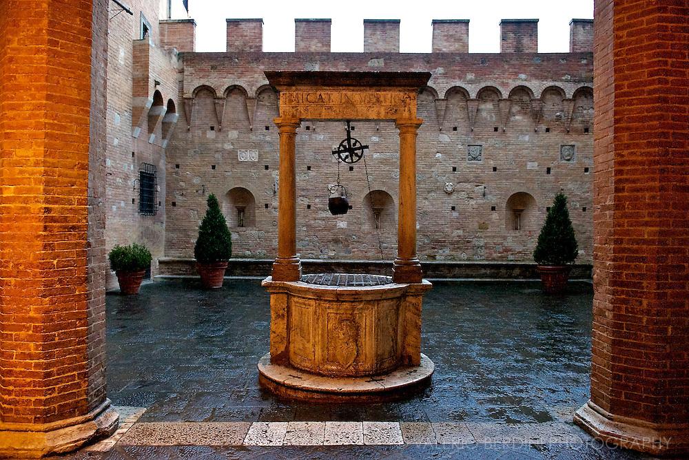 Siena, Tuscany. Italy.Palazzo Chigi-Saracini.Cortile