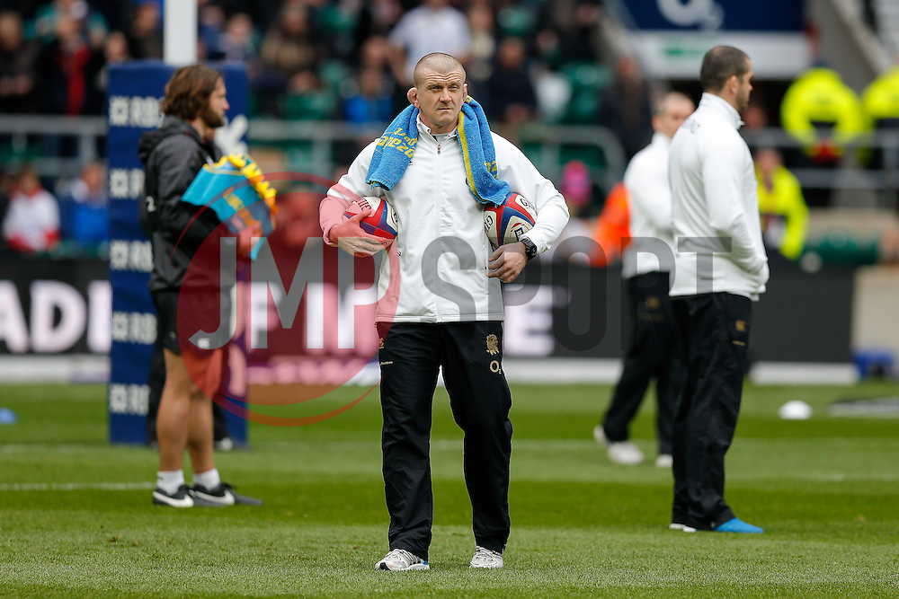 England forwards coach Graham Rowntree looks on - Photo mandatory by-line: Rogan Thomson/JMP - 07966 386802 - 14/02/2015 - SPORT - RUGBY UNION - London, England - Twickenham Stadium - England v Italy - 2015 RBS Six Nations Championship.