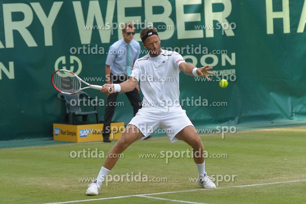 17.06.2015, Gerry Weber Stadion, Halle Westfalen, GER, ATP Tour, Gerry Weber Open 2015, Tag 3, im Bild Robert Lindstaedt (SWE) // during day tree of 2015 Gerry Weber Open of ATP world Tour at the Gerry Weber Stadion in Halle Westfalen, Germany on 2015/06/17. EXPA Pictures &copy; 2015, PhotoCredit: EXPA/ Eibner-Pressefoto/ Franz<br /> <br /> *****ATTENTION - OUT of GER*****
