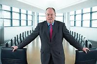 01 FEB 2013, BERLIN/GERMANY:<br /> Peer Steinbrueck, SPD Kanzlerkandidat und Bundesminsiter a.D., Sitzungssaal in der Spitze, 6. Stock, der ehem. Sitzungsaal für das SPD Praesdium, Willy-Brandt-Haus<br /> IMAGE: 20130201-01-004<br /> KEYWORDS: Peer Steinbrück