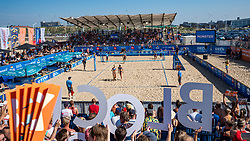 25-08-2019 NED: DELA NK Beach Volleyball, Scheveningen<br /> Last day NK Beachvolleyball / support, fans, centercourt, beach, block