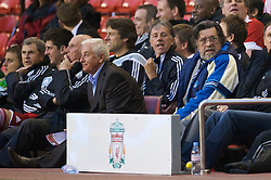LIVERPOOL, ENGLAND - Thursday, May 14, 2009: Liverpool Legends' Roy Evans and Ronnie Moran and All Stars manager Ricky Tomlinsonduring the Hillsborough Memorial Charity Game at Anfield. (Photo by David Rawcliffe/Propaganda)