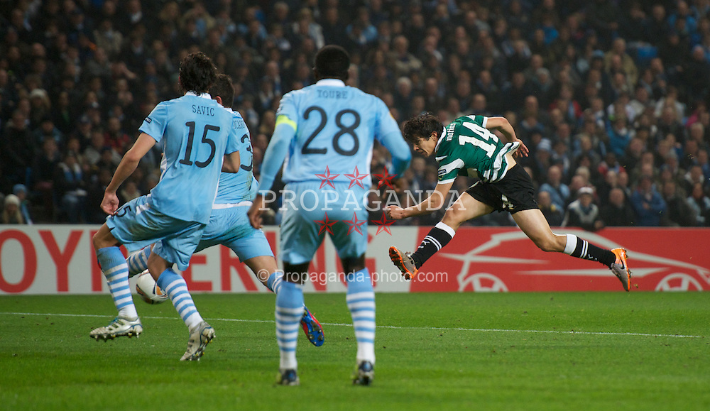 MANCHESTER, ENGLAND - Thursday, March 15, 2012: Sporting Clube de Portugal's Matias Fernandez in action against Manchester City during the UEFA Europa League Round of 16 2nd Leg match at City of Manchester Stadium. (Pic by David Rawcliffe/Propaganda)