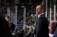 KELOWNA, CANADA - OCTOBER 20: Kelowna Rockets' head coach Jason Smith stands on the bench against the Portland Winterhawks on October 20, 2017 at Prospera Place in Kelowna, British Columbia, Canada.  (Photo by Marissa Baecker/Shoot the Breeze)  *** Local Caption ***