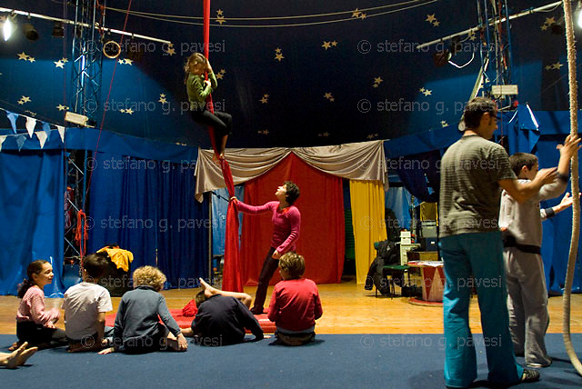 """Italian association organize  a special school for children and teenagers where to learn about """"circensis arts"""""""
