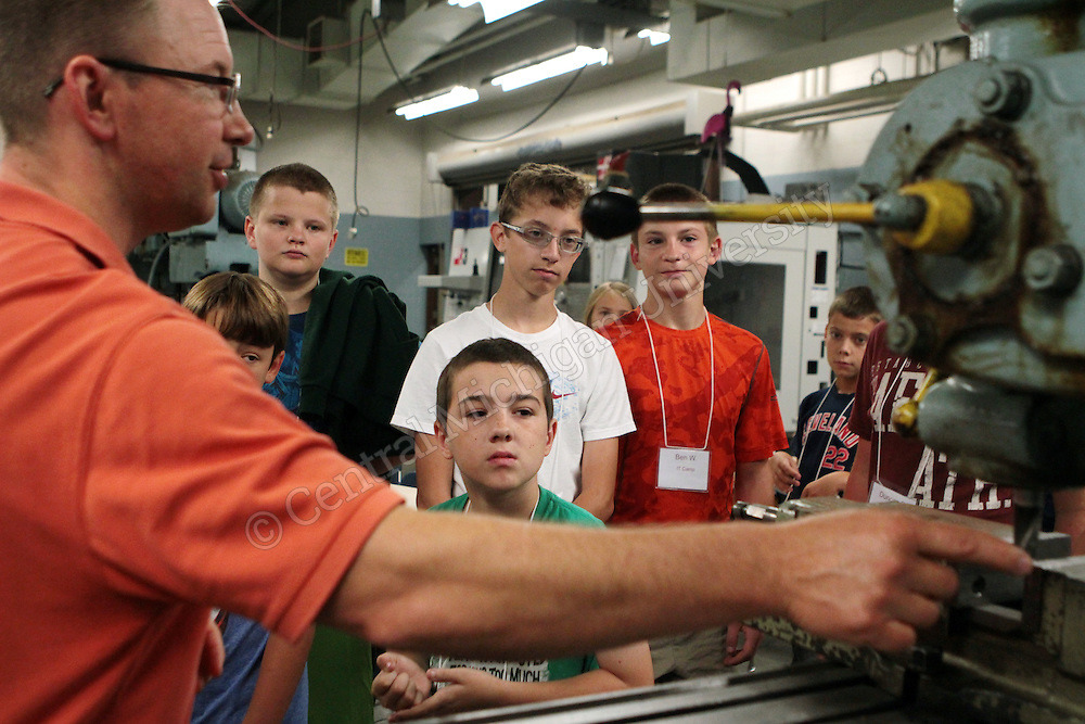 "Campers were taken on a tour of the IET Engineering Building led by Dr. Terry Lerch as part of the ""Tinkering and Technology"" camp offered through CMU's Center for Excellence in STEM Education photo by Emily Mesner"