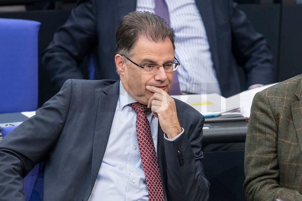 08 NOV 2018, BERLIN/GERMANY:<br /> Juergen Braun , MdB, AfD, Stellv. Fraktionsvorsitznder, Bundestagsdebatte zum Gesetzentwurf der Bundesregierung ueber Leistungsverbesserungen und Stabilisierung in der gesetzlichen Rentenversicherung, Plenum, Deutscher Bundestag<br /> IMAGE: 20181108-01-023<br /> KEYWORDS: Sitzung, Jürgen Braun