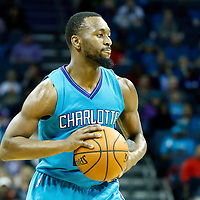 01 November 2015: Charlotte Hornets guard Kemba Walker (15) looks to pass the ball during the Atlanta Hawks 94-92 victory over the Charlotte Hornets, at the Time Warner Cable Arena, in Charlotte, North Carolina, USA.