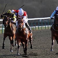 Slatey Hen and William Carson winning the 2.50 race