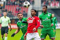 ALKMAAR - 26-02-2017, AZ - PEC Zwolle, AFAS Stadion, PEC Zwolle speler Ouasim Bouy, AZ speler Levi Garcia, PEC Zwolle speler Kingsley Ehizibue