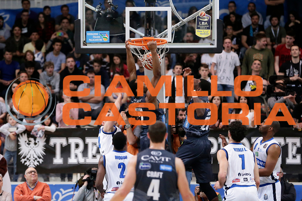 Dominique Sutton<br /> Dolomiti Energia Aquila Basket Trento - Germani Basket Brescia Leonessa<br /> Lega Basket Serie A 2016/2017<br /> PalaTrento 23/04//2017<br /> Foto Ciamillo-Castoria / M. Brondi