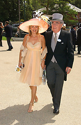 MISS KAREN PHILLIPS and JARVIS ASTAIRE the first day of the Royal Ascot racing festival 2006 at Ascot Racecourse, Berkshire on 20th June 2006.<br />