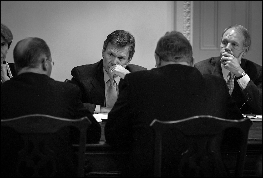 Sen. Daschle and Nickles listen to airline execs during meeting on Capitol Hill.   9/13/01..©PF BENTLEY/PFPIX.com