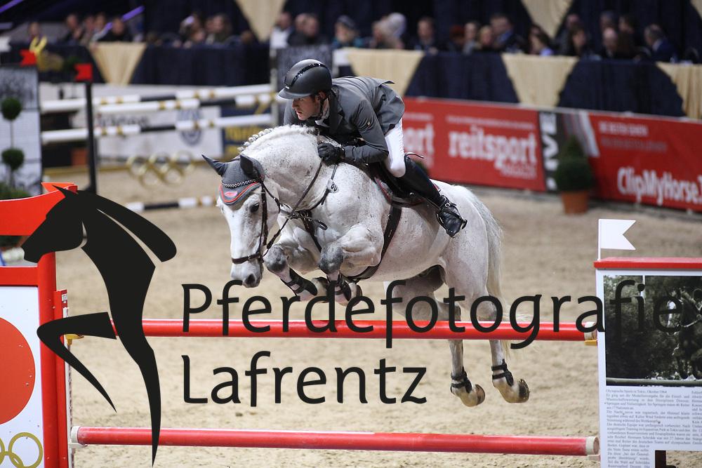 Weishaupt, Maximilian (GER), Carrasco<br /> Braunschweig - Löwen Classics 2016<br /> 2. Qualifikation Grosse Tour<br /> © www.sportfotos-lafrentz.de / Stefan Lafrentz