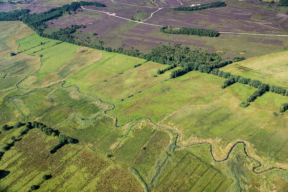 Nederland, Drenthe, Gemeente Anloo, 27-08-2013; Drentsche Aa  (Rolderdiep), beek met natuurlijk loop in de vorm van meanders.  Onderdeel van het Nationaal beek- en esdorpenlandschap Drentsche Aa.<br /> Drentsche Aa (Rolderdiep), stream with natural course in the form of meanders. Part of the National brook and village landscape Drentsche Aa.<br /> luchtfoto (toeslag op standaard tarieven);<br /> aerial photo (additional fee required);<br /> copyright foto/photo Siebe Swart.