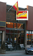 5/9/05 -- Omaha, NE THe Espana restaurant   in the Benson neighborhood in Omaha..Photo by Chris Machian/Prairie Pixel Group