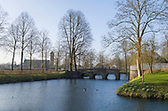 Nederland, Well, 20160314.<br /> Emerson College European Centre op het kasteel in Well, Limburg. De buitenste gracht om het kasteelcomplex<br /> Kasteel Well is een fraaie waterburcht. Het huidige kasteel werd pas gebouwd in de vijftiende eeuw, maar kreeg pas later, in de zeventiende eeuw, zijn huidige aanzicht. Achter het huidige kasteel liggen de resten van een torenmolen uit de vijftiende eeuw. 